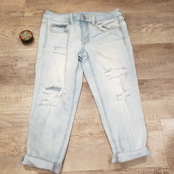 American Eagle Outfitters Denim - 🌊2/$30🌊AEO Light Wash Boy Crop Jeans